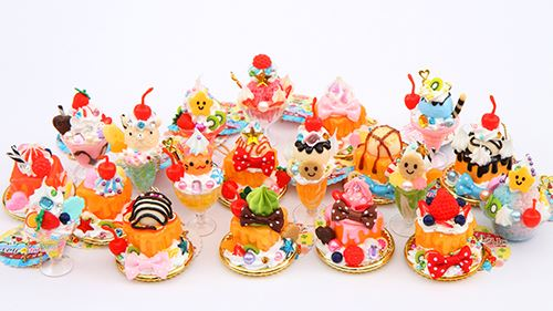 These Amuse dessert figurines are so colorful!