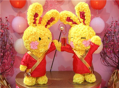 these bunnies are made with real flowers