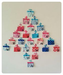 Christmas Advent Calendar on Laisse Luciefer (French blog)