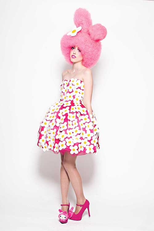 A pink funky interpretation of My Melody with a stunning wig.