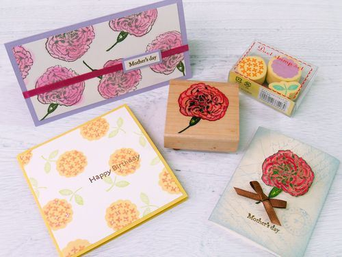A big flower stamp is all you need for a great card