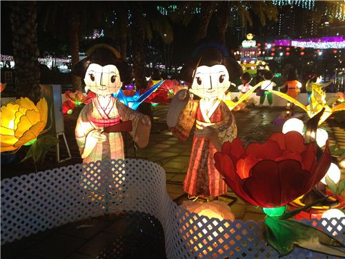 Geisha lanterns