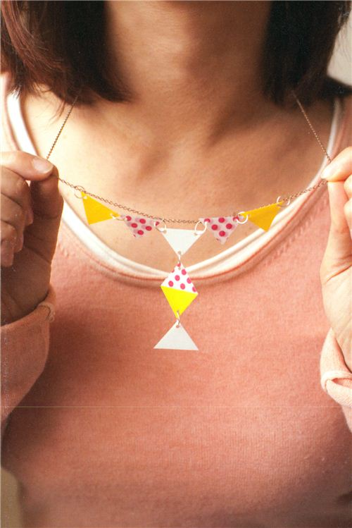 Embellishing jewelry with Washi Tape is a brilliant idea