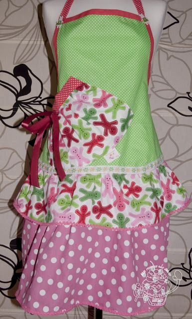 Pretty Christmas apron on Pinterest
