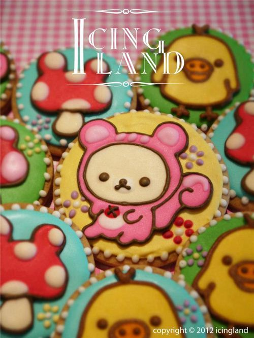 Cute Rilakkuma squirrels and mushroom cookies