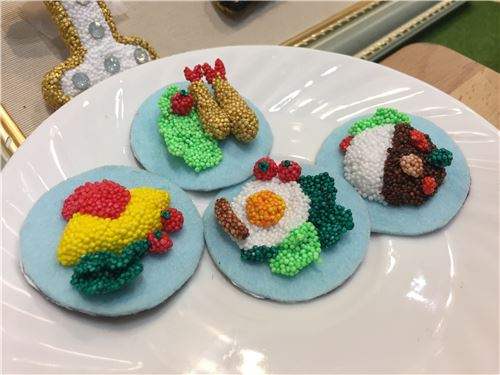 Amazing 'food' made of microbead slime!