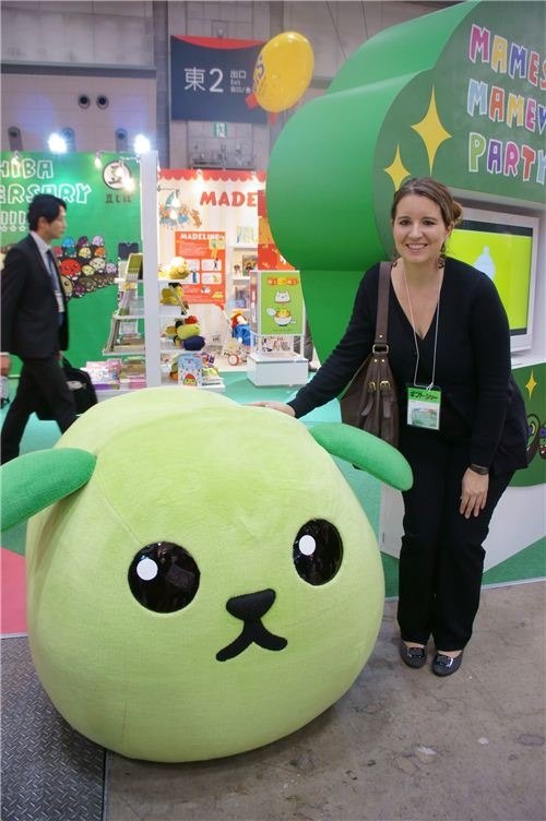 Sandra met Mameshiba at a trade show in Japan