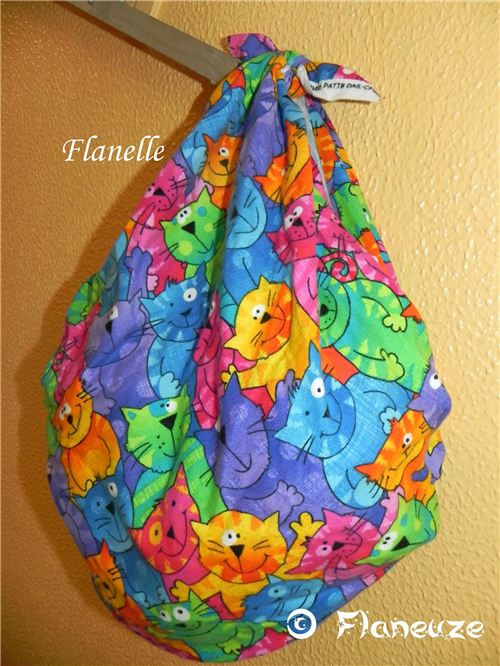 Super colorful cat Furoshiki by Bienvenue Chez Flaneuze