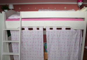 Hello Kitty Curtains DIY