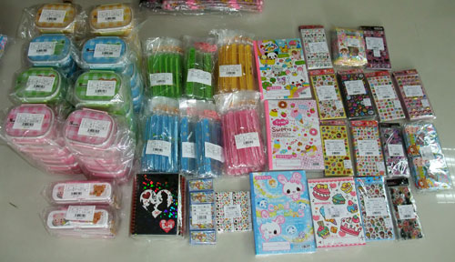 kawaii bento boxes, chopsticks and stationery